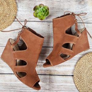 Gianni Bini Leather Wedges Peep Toe Tie Brown 8